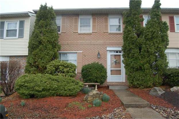 1094 N Hedgerow Dr, Lower Macungie Twp, PA 18103-6135 - 3 beds/2 5 baths