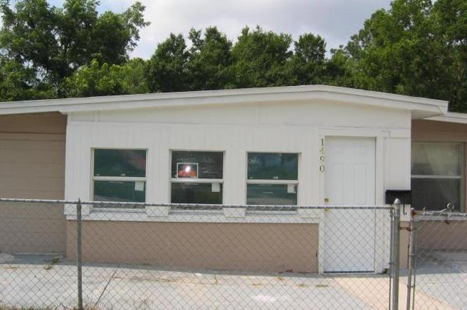 1490 33rd St, Jacksonville, FL 32209 - 4 beds/1 bath
