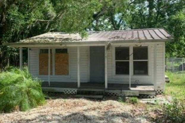 Groovy 115 East Hicks St Palatka Fl 32177 2 Beds 1 Bath Home Interior And Landscaping Spoatsignezvosmurscom