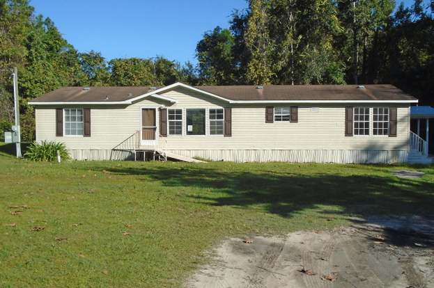Cool 176 East Marion St Palatka Fl 32177 3 Beds 2 Baths Home Interior And Landscaping Spoatsignezvosmurscom