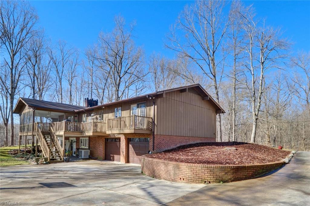 291 Pine Valley Rd, Thomasville, NC 27360   MLS# 1013236 ...