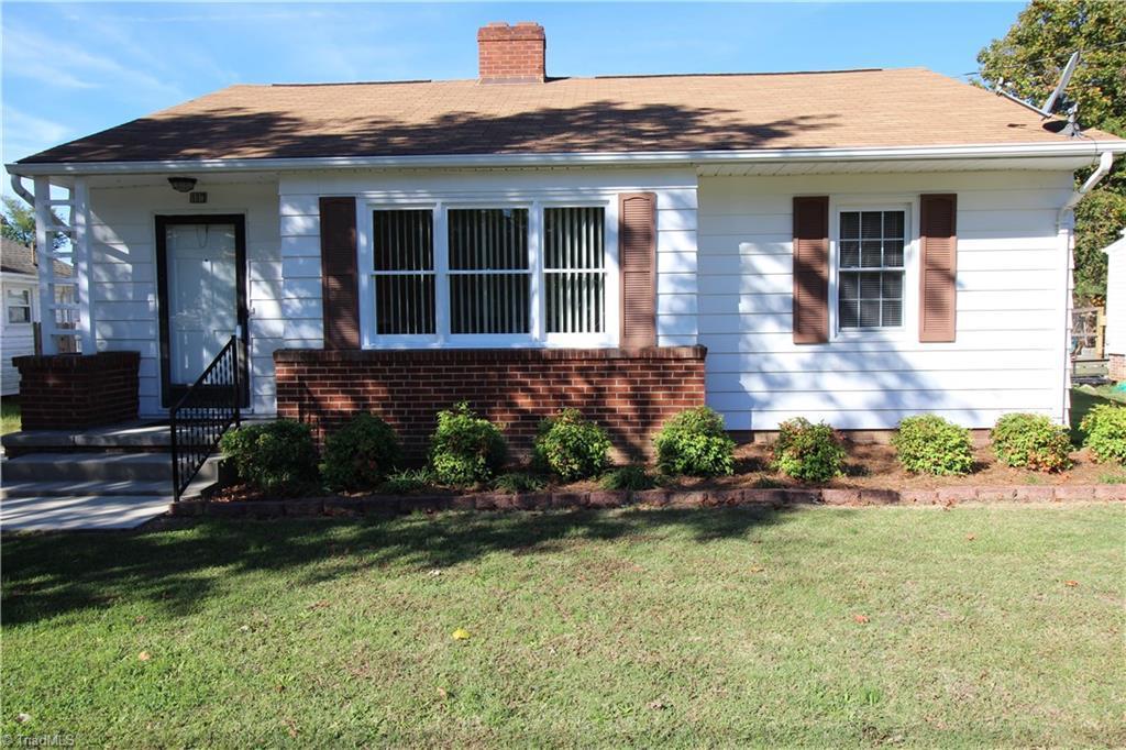 117 Dobson St, Kernersville, NC 27284 - 3 beds/1 bath