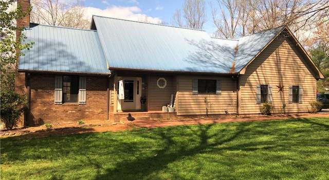 1615 S Nc Highway 18, Moravian Falls, NC 28654 - 3 beds/1 5 baths