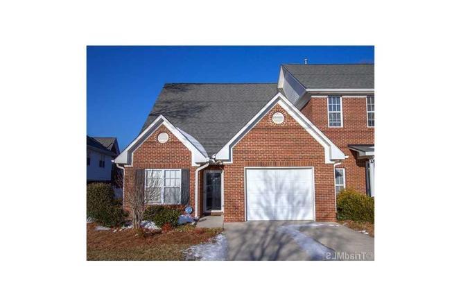 1417 New Garden Rd Greensboro Nc 27410 Mls 835351 Redfin