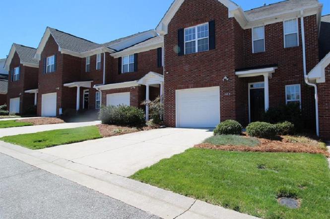 1421 New Garden Rd Greensboro Nc 27410 Mls 829507 Redfin
