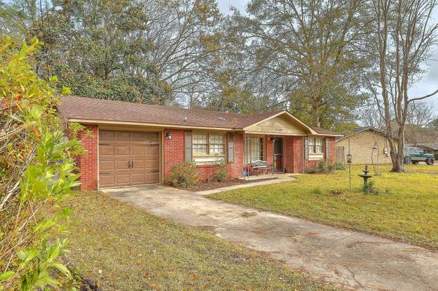 7708 Knollwood Dr, North Charleston, SC 29418 - 3 beds/1 bath