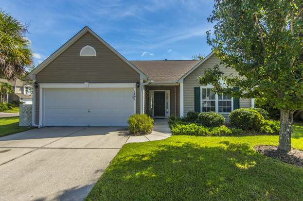 1401 Wellesley Cir, Mount Pleasant, SC 29466 - 3 beds/2 baths