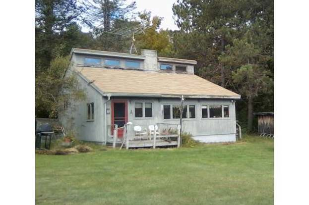 76 Eastern District, Danbury, NH 03230 - 2 beds/1 bath