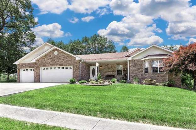 216 Michael Dr Troy Il 62294 Mls 18042069 Redfin