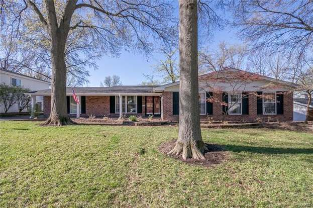 Stupendous 12120 Lake Meade St Louis Mo 63146 4 Beds 3 Baths Home Interior And Landscaping Pimpapssignezvosmurscom