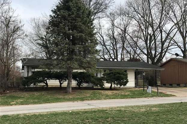 Marvelous 1904 Sawyer St Charles Mo 63301 3 Beds 1 Bath Home Interior And Landscaping Transignezvosmurscom