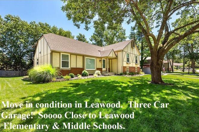 12001 Overbrook Rd, Leawood, KS 66209 | MLS# 2059254 | Redfin