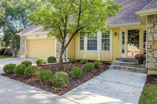 12307 Overbrook Rd, Leawood, KS 66209 | MLS# 2073470 | Redfin