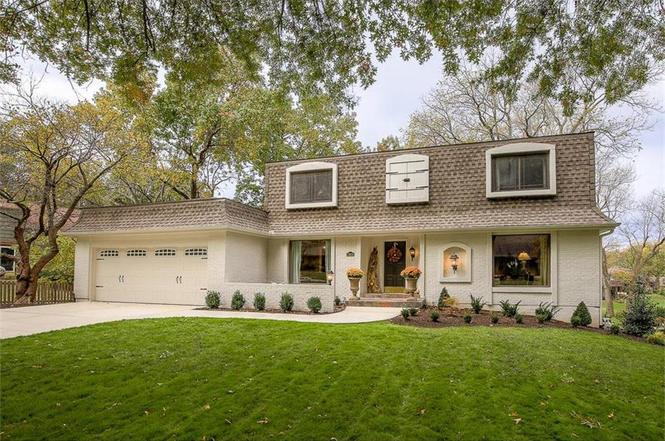 12614 Overbrook Rd, Leawood, KS 66209 | MLS# 2075819 | Redfin
