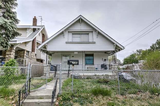 Stupendous 144 N Brighton Ave Kansas City Mo 64123 3 Beds 2 Baths Home Remodeling Inspirations Genioncuboardxyz