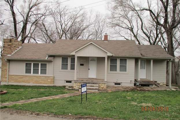 10004 e 22nd st independence mo 64052 mls 2156966 redfin rh redfin com