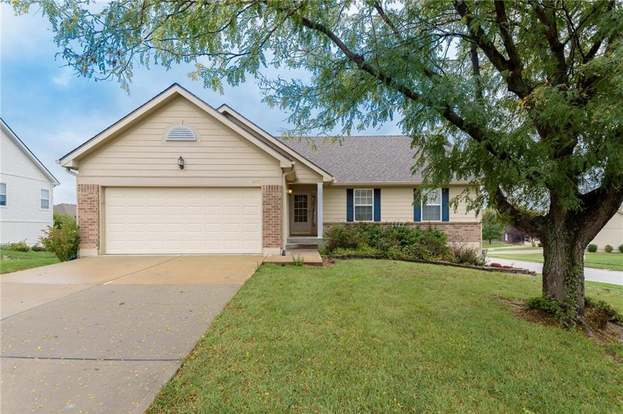 1033 Maple Woods Dr Liberty Mo 64068 3 Beds 3 Baths