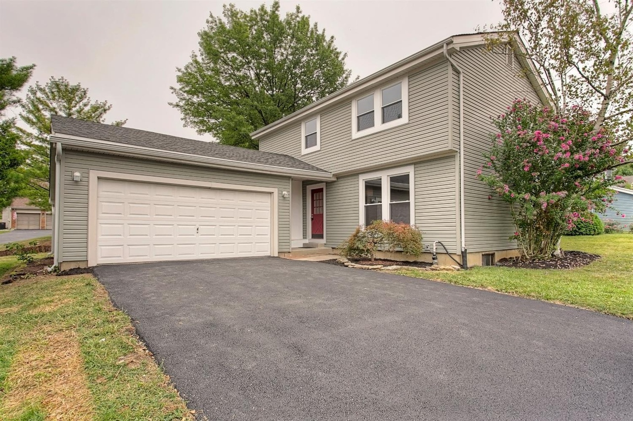 8234 Rolingwood Way, West Chester, OH 45069   MLS# 1675434 ...
