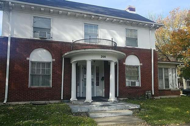 Swell 200 Edgewood St Middletown Oh 45044 3 Beds 2 Baths Download Free Architecture Designs Momecebritishbridgeorg