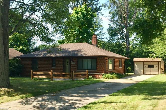 4506 Silverdale Rd, North Olmsted, OH 44070 | MLS# 4034408 | Redfin