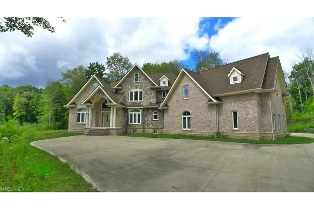 18780 Geauga Lake Rd, Bainbridge, OH 44023 - 4 beds/5 5 baths