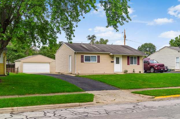 3841 Clearwater Dr, Columbus, OH 43232 - 3 beds/1 bath