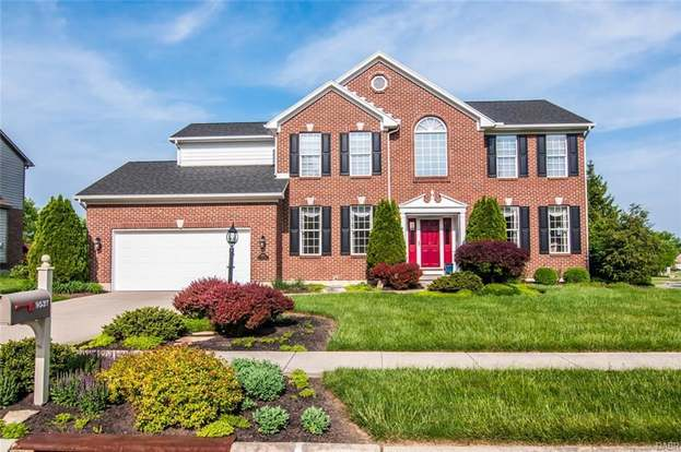 9537 Gem Stone Dr, Centerville, OH 45458 - 4 beds/4 baths
