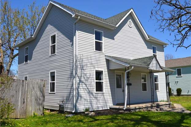 225 W Pease Ave West Carrollton Oh 45449 Mls 814427 Redfin