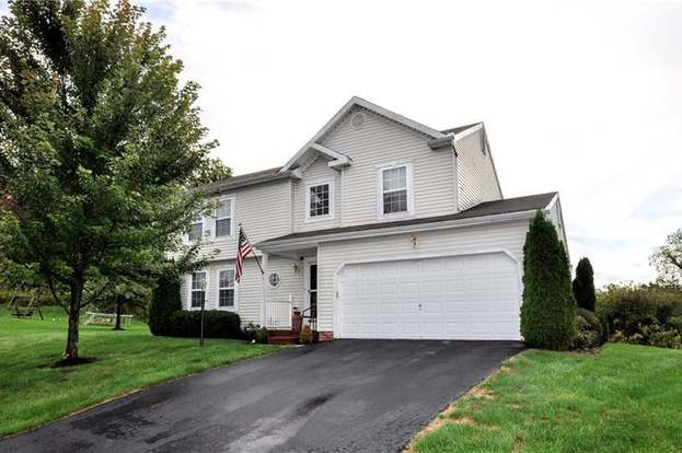 410 Bluefield Dr, Collier Twp, PA 15071