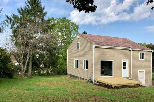 1410 Iroquois Dr Robinson Twp Nwa Pa 15205 Mls 1364707 Redfin