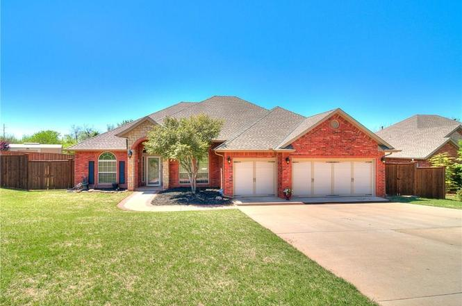 321 S Wyndemere Spgs Moore OK 73160