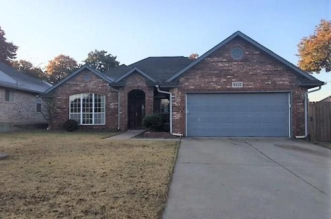 9920 Hunters Run, Midwest City, OK 73130
