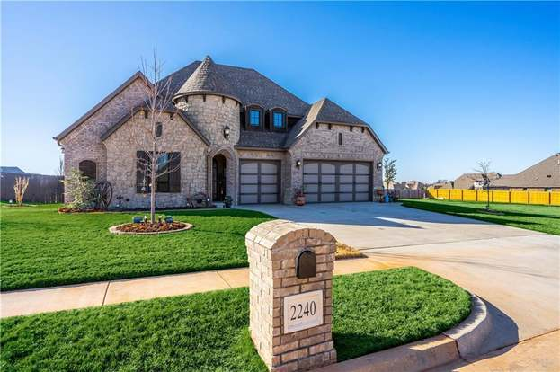 2240 W Mickey Dr Mustang Ok 73064 3 Beds 2 5 Baths