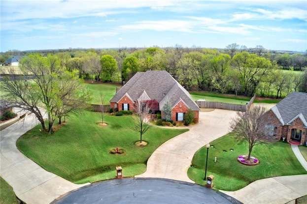 Homes For Sale In Moore Ok >> 4216 Farm Rd Moore Ok 73160 4 Beds 4 Baths