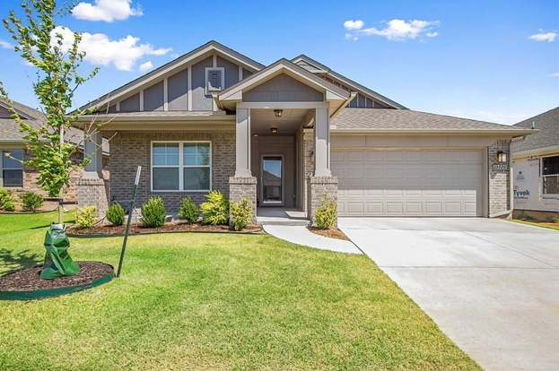 55deb39cedee 15720 Big Spring Dr, Edmond, OK 73013 | MLS# 831728 | Redfin