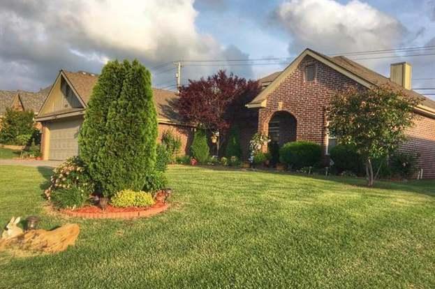 4227 Fairview Rd, Bartlesville, OK 74006 - 4 beds/3 baths