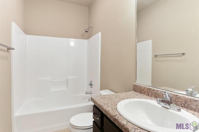 Bathroom Sinks Baton Rouge 8546 forestwood ave, baton rouge, la 70812 | mls# 2017008638 | redfin