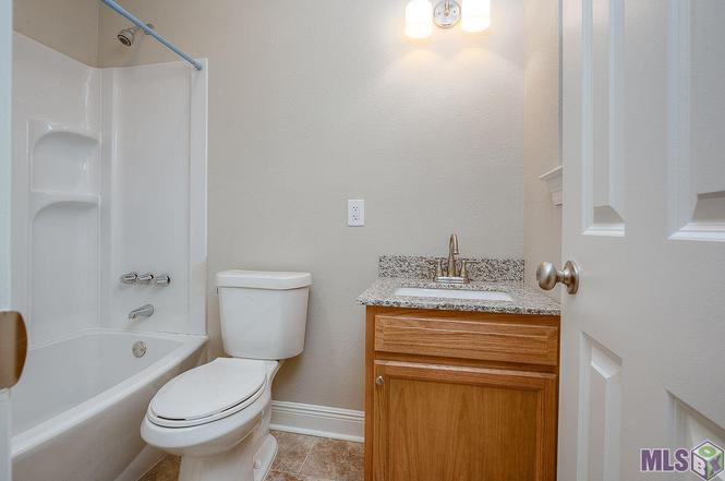 Bathroom Sinks Baton Rouge 16714 morel ave, baton rouge, la 70817 | mls# 2016017704 | redfin