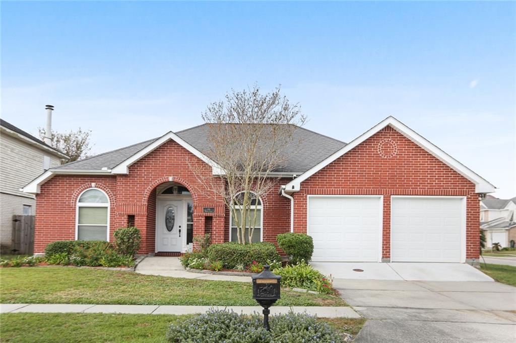 116 Barnes Ct, Gretna, LA 70056 | MLS# 2282039 | Redfin
