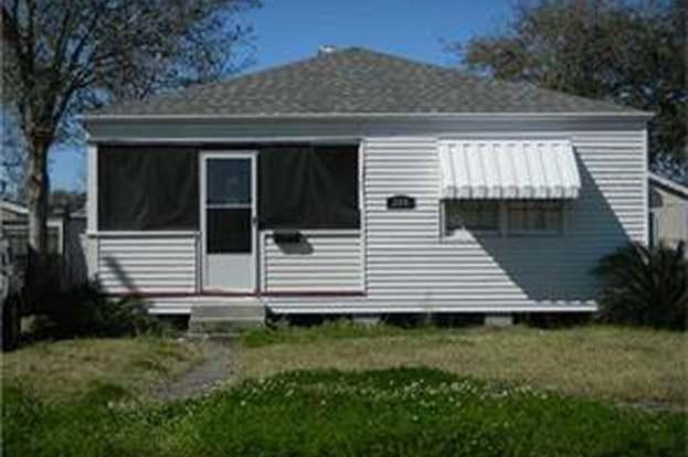 220 Maine St, Jefferson, LA 70121 - 3 beds/1 bath