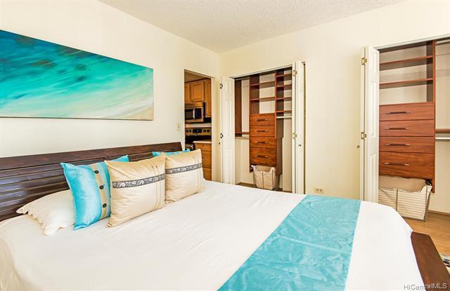 1020 Green St 711 Honolulu Hi 96822 1 Bed 1 Bath