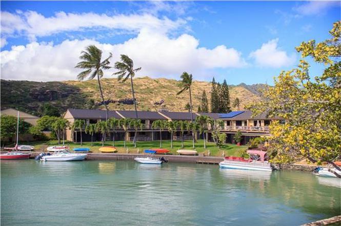 6370 Hawaii Kai Dr #2, Honolulu, HI 96825