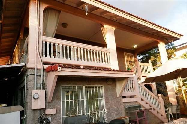 4339 Likini St, Honolulu, HI 96818 - 8 beds/4 baths
