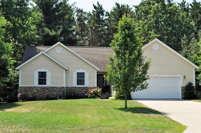 3105 Lily Ct Muskegon Mi 49444 Mls 13008682 Redfin