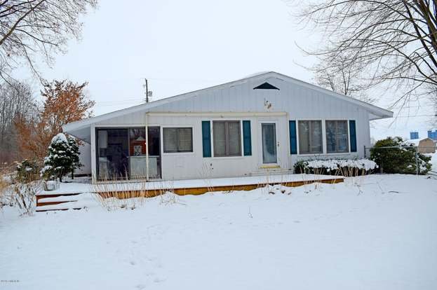 6223 Beach Rd Fremont Mi 49412 Mls 17059048 Redfin
