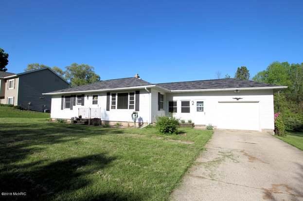 5252 S 2nd St Fremont Mi 49412 Mls 18023151 Redfin