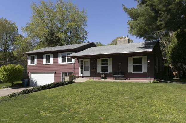 511 Jennison Ave, Kalamazoo, MI 49006 - 4 beds/2 baths