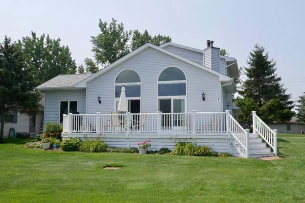 Superb 7250 Holiday Dr Canadian Lakes Mi 49346 3 Beds 2 Baths Beutiful Home Inspiration Semekurdistantinfo