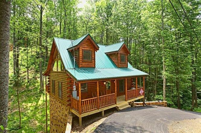 country sevierville for cozy sale cottages x under com cabins tn aionkinahgold