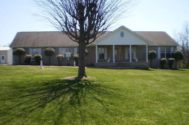 6891 N Highway 70, Crossville, TN 38571 - 4 beds/3 baths